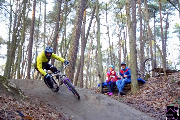 _DSC7992-pumptrack-zabotrails-nuernberg-wride-it-bike-blog